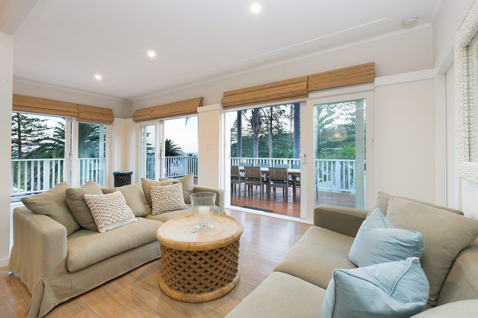 The Serpentine Bilgola Living Room